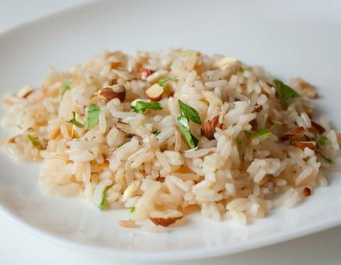 Рис с миндалем