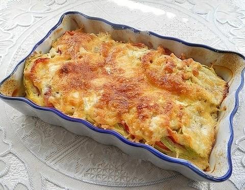 кабачки  помидорами под сыром
