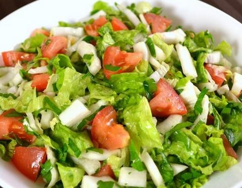 салат из пекинки с помидорами