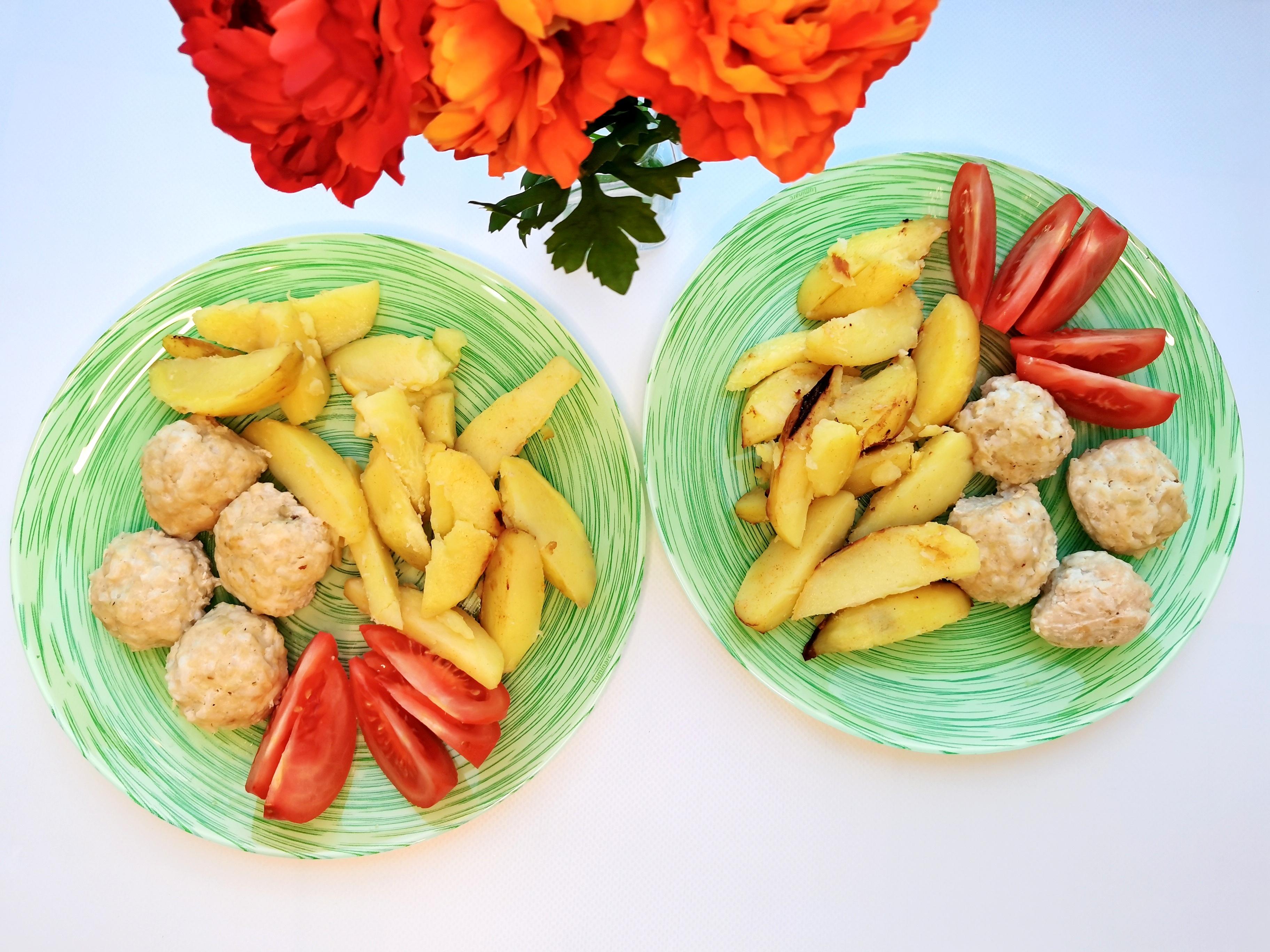 тефтельски с запеченным картофелем и помидорами